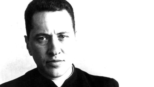 Camilo Torres nació en Bogotá (capital de Colombia) en 1929.