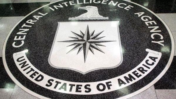 La CIA o la Agencia Central de Inteligencia -recuerdan sus autores- fue fundada el 18 de septiembre de 1947 por el presidente Harry Truman.
