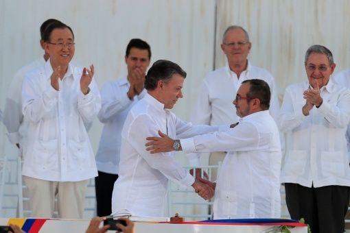 El acuerdo recoge las propuestas presentadas por los partidarios del Sí y el No.