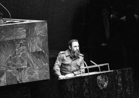 """""""Quedará en nuestra memoria como una gran figura del mundo contemporáneo y un símbolo de solidaridad"""", dijo la directora general de la Unesco."""