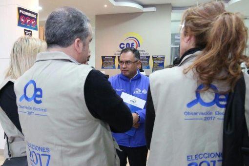 Alrededor de 320 observadores internacionales acompañan el proceso electoral en Ecuador.