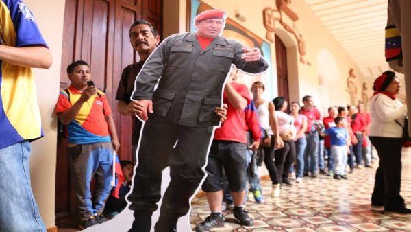 """""""El próximo 5 de marzo y toda esta semana vamos a conmemorar y recordar el espíritu eterno del comandante Chávez"""", indicó el presidente Maduro."""