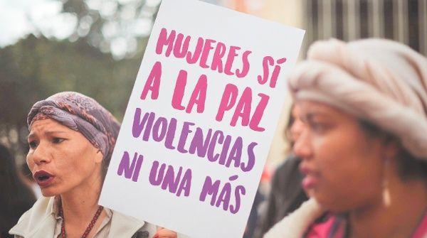 La Cepal estima que al menos 12 mujeres son asesinadas a diario en Colombia solo por ser mujeres.
