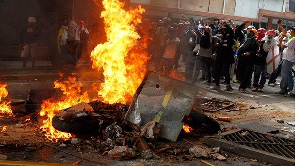 Las protestas violentas han dejado numerosos muertos, heridos y daños materiales.