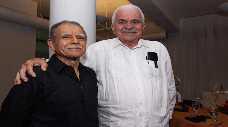 Al momento de su liberación sostuvo un encuentro con Rafael Cancel Miranda (derecha), líder nacionalista con quien comparte causa de independencia
