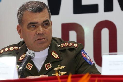 La Fuerza Armada Nacional Bolivariana (FANB) está comprometidacon la defensa de la paz y la seguridad del pueblo, agregó Padrino López.