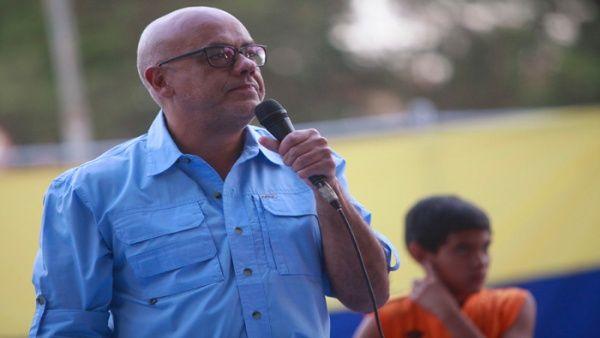 El alcalde Rodríguez criticó las palabras de Lilian Tintori y de Freddy Guevara.