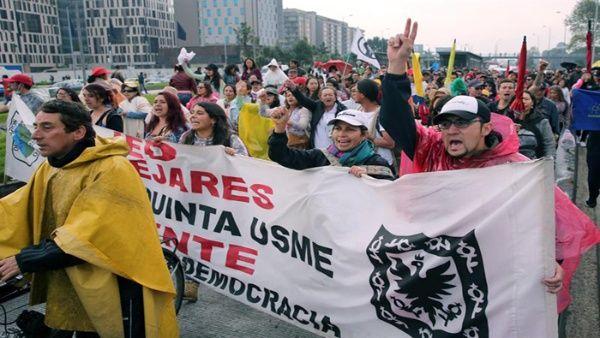 La huelga profesoral afecta la educación de 8,5 millones de niños en Colombia debido a los avances insuficientes en el cumplimiento de las peticiones pactadas en 2015.