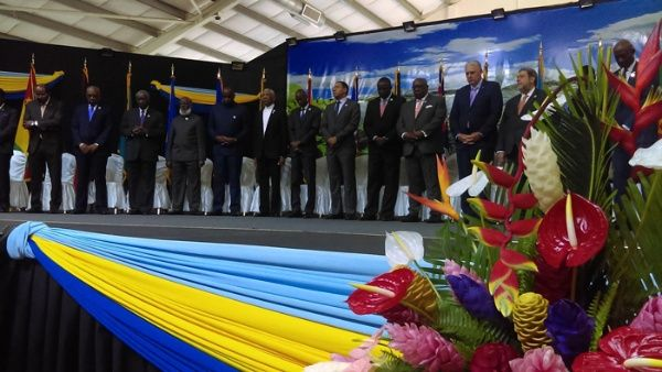 Solo dos de los 15 mandatarios que integran la Caricom no estuvieron presentes en la reunión, el primer ministro de Belice, Dean Barrow, y el presidente de Surinam, Desi Bouterse.