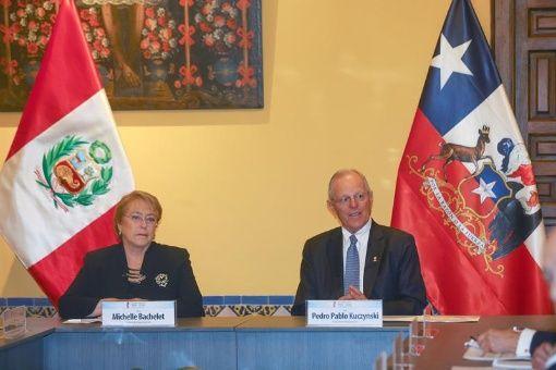 Michelle Bachelet fue recibida con los honores militares en Perú.