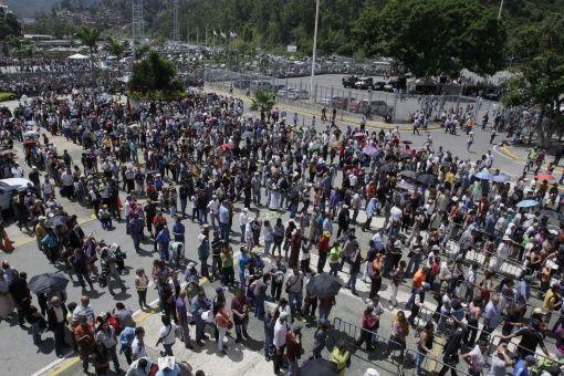 El chavismo mostró el domingo que está de pie, y puesto a pelear contra el enemigo histórico lo hace de manera inmensa.