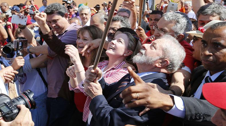 """""""No hay ningún gobernante que haya decidido gobernar para los pobres y que haya recibido el odio de la élite que gobierna este país"""", aseveró el líder del PT."""