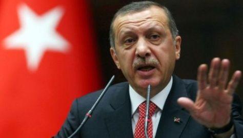 """""""Vamos a destruir a todos los terroristas que veamos, empezando por aquellos que están de su lado (de EE.UU.)"""", advirtió el presidente turco."""