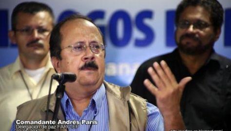 """La dirección del partido Farc """"ha abandonado la militancia"""": Andrés París, ex comandante y negociador de Paz en La Habana"""