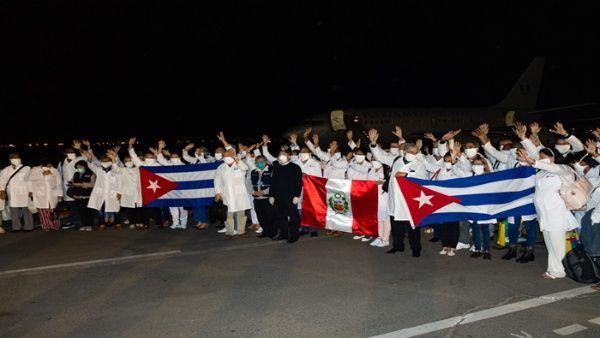 El ministro de Relaciones Exteriores de Cuba, Bruno Rodríguez, aseguró que la colaboraciónse da a solicitud del Gobierno de Perú.