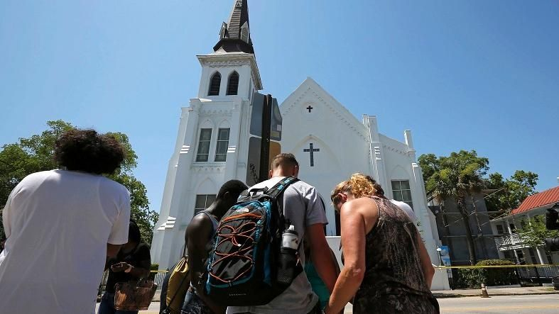 https://i1.wp.com/www.telesurtv.net/export/sites/telesur/img/news/2015/06/18/shooting_south_carolina_emmanuel_ame_church_crop1434656616519.jpg_931454118.jpg
