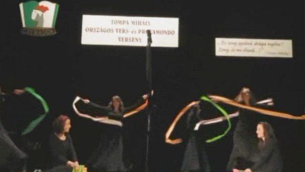 Lírai színpadok seregszemléje Rimaszombatban