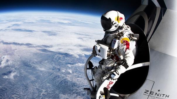 Felix-Baumgartner-at-the-Edge-of-Space_carousel