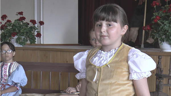 Bitter Karolina, Negyed, 2. kategória