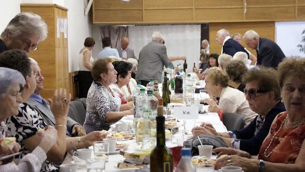 65 éve nyíltak újra magyar iskolák kapui Pozsonypüspökin is
