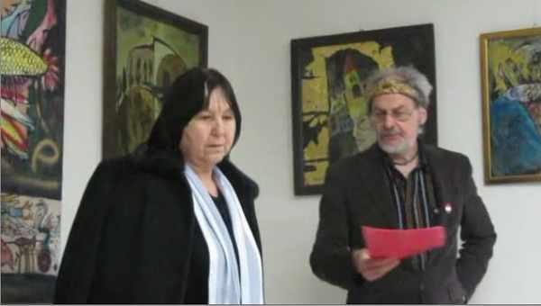 A. Marton Gyula Kovács Magdával Tornalján a Madárterem Galériában
