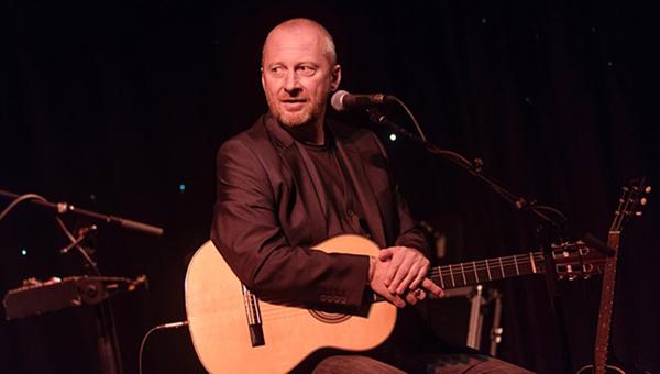 Colin Vearncombe Black
