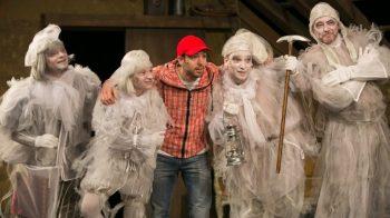 A padlás a Komáromi Jókai Színházban - fotó Kiss Gábor Gibbó