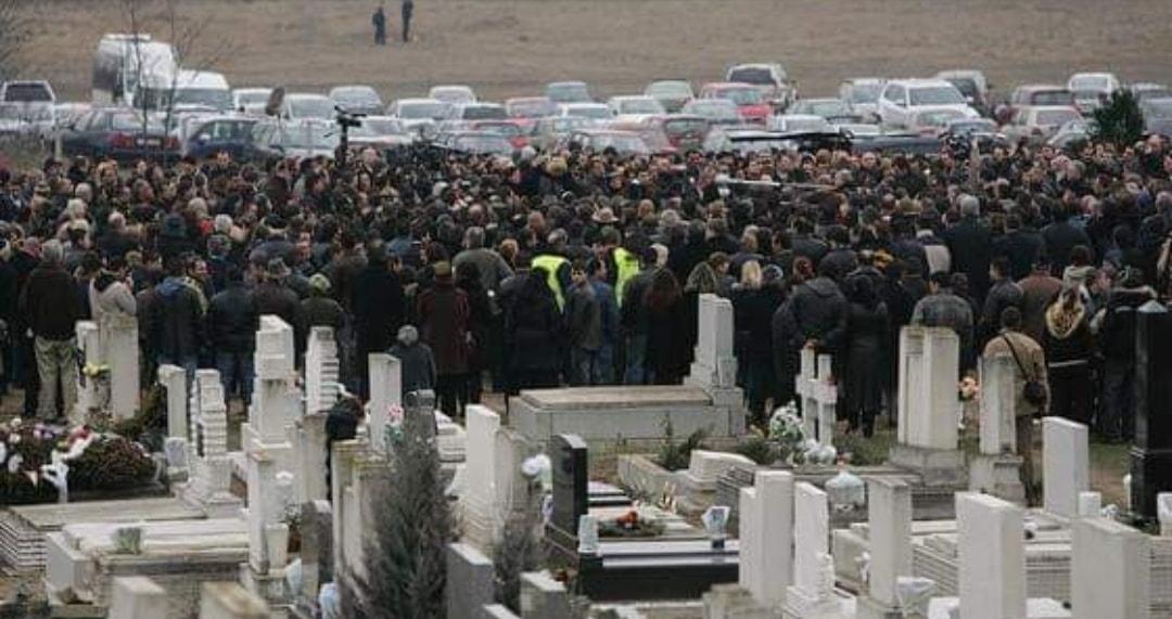 Tíz éve gyilkolták meg Csorba Robikát és édesapját