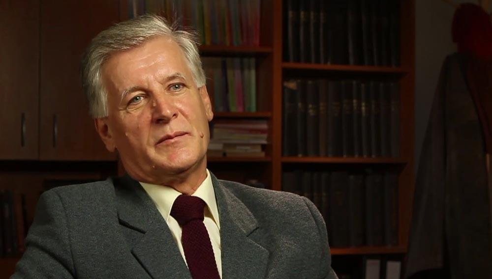 Elhunyt Keszegh István