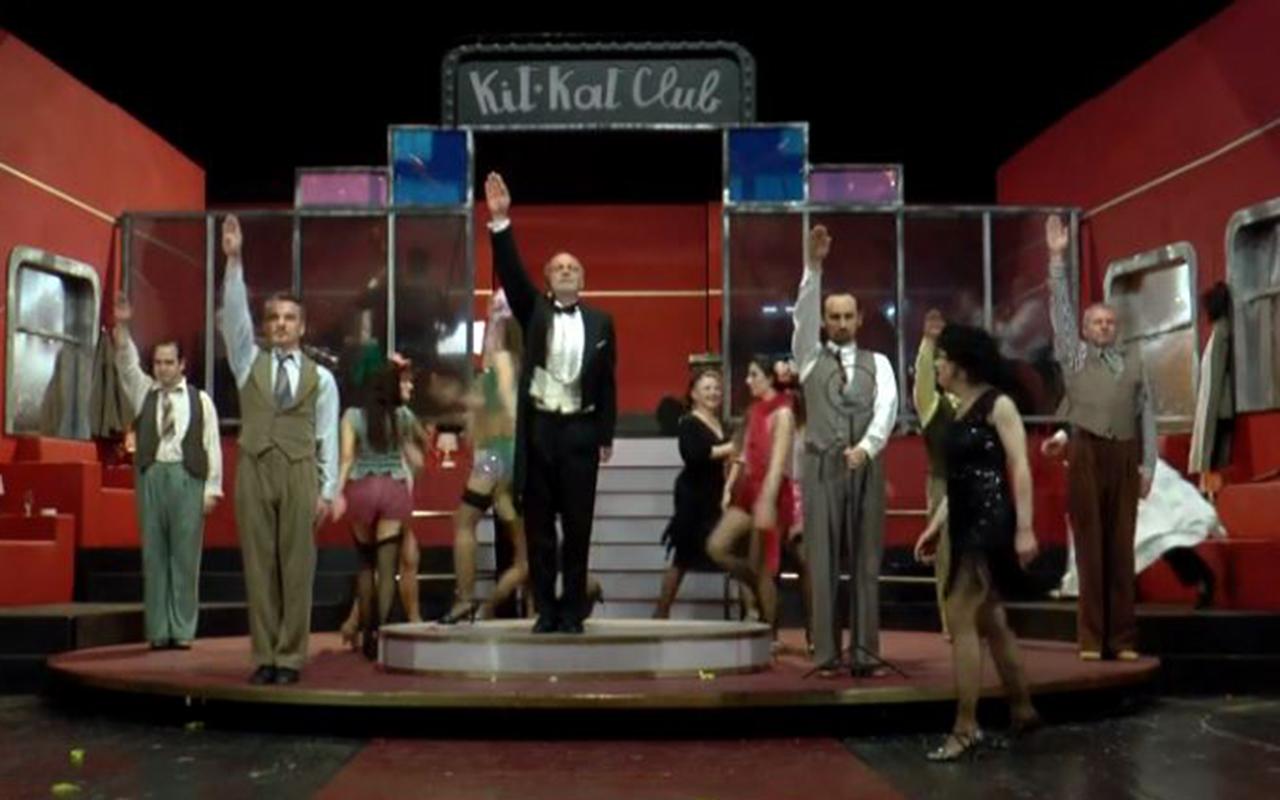 Kabaré – jelenet a darabból