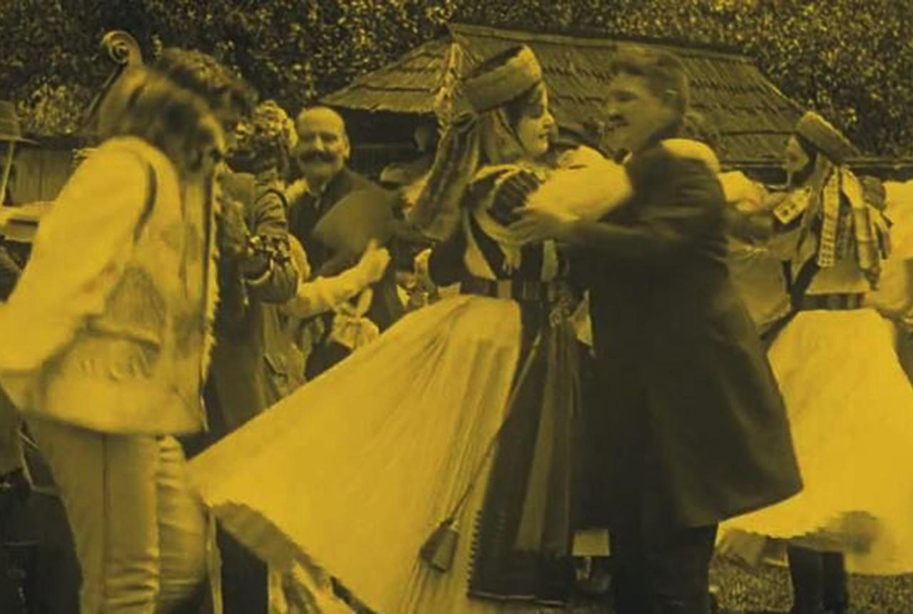 118 éves a magyar film