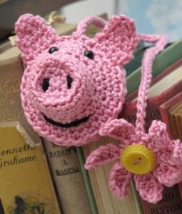 d.i.y crochet kit piggy bookmark