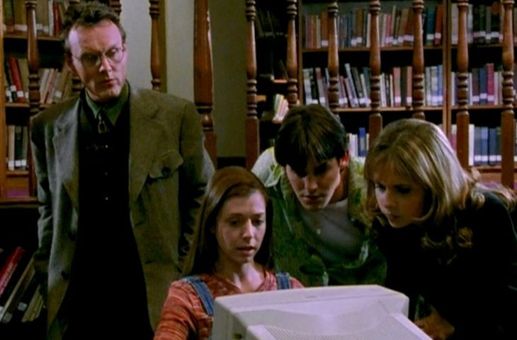 Anthony Stewart Head as Giles, Allyson Hannigan as Willow, Nicholas Brendon as Xander, Sarah Michelle Gellar as Buffy