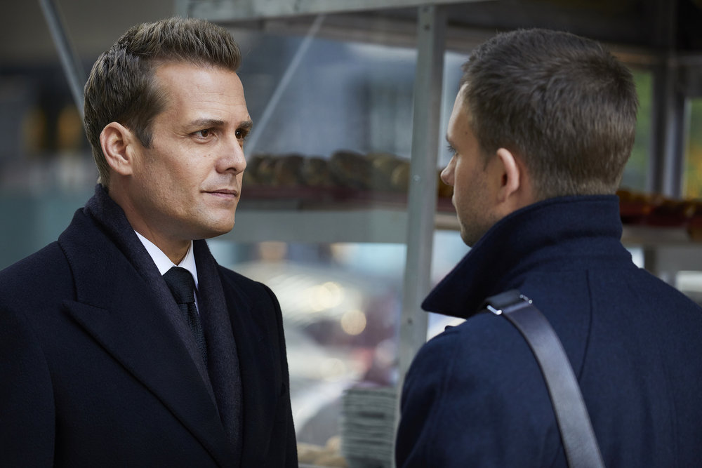 "SUITS -- ""Quid Pro Quo"" Episode 615 -- Pictured: (l-r) Gabriel Macht as Harvey Specter, Patrick J. Adams as Michael Ross -- (Photo by: Shane Mahood/USA Network)"