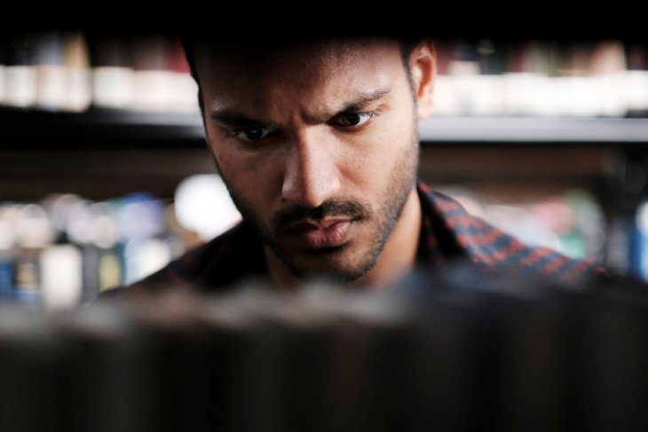 """THE MAGICIANS -- """"The Rattening"""" Episode 211 -- Pictured: Arjun Gupta as Penny -- (Photo by: Eike Schroter/Syfy)"""