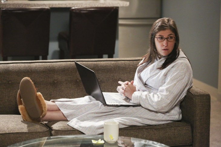 """""""The Long Distance Dissonance""""-- Pictured: Amy Farrah Fowler (Mayim Bialik). The gang is concerned when Sheldon's former admirer, Dr. Ramona Nowitzki (Riki Lindhome), resurfaces while Amy is away at Princeton, on the 10th season finale of THE BIG BANG THEORY, Thursday, May 11 (8:00-8:31 PM, ET/PT) on the CBS Television Network. Photo: Michael Yarish/Warner Bros. Entertainment Inc. © 2017 WBEI. All rights reserved."""