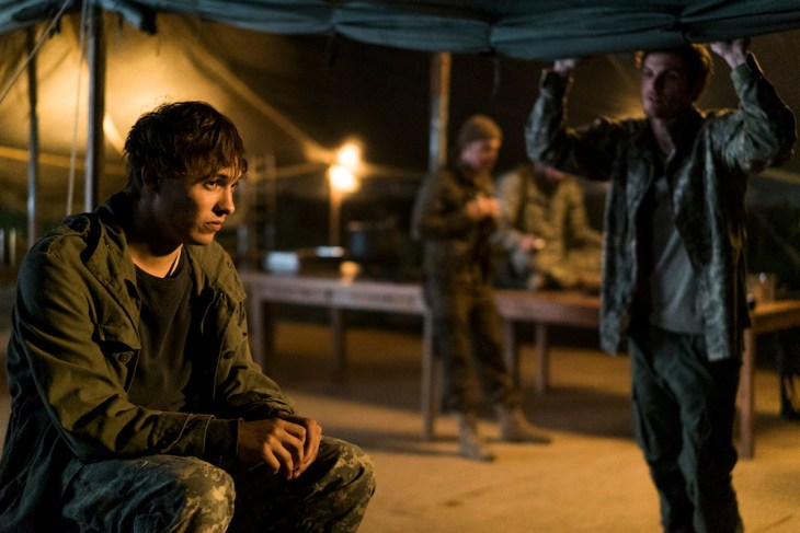 Frank Dillane as Nick Clark, Daniel Sharman as Troy Otto - Fear the Walking Dead _ Season 3, Episode 7 - Photo Credit: Richard Foreman, Jr/AMC