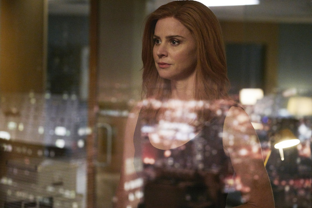 """SUITS -- """"Skin In the Game"""" Episode 701 -- Pictured: Sarah Rafferty as Donna Paulsen -- (Photo by: Ian Watson/USA Network)"""