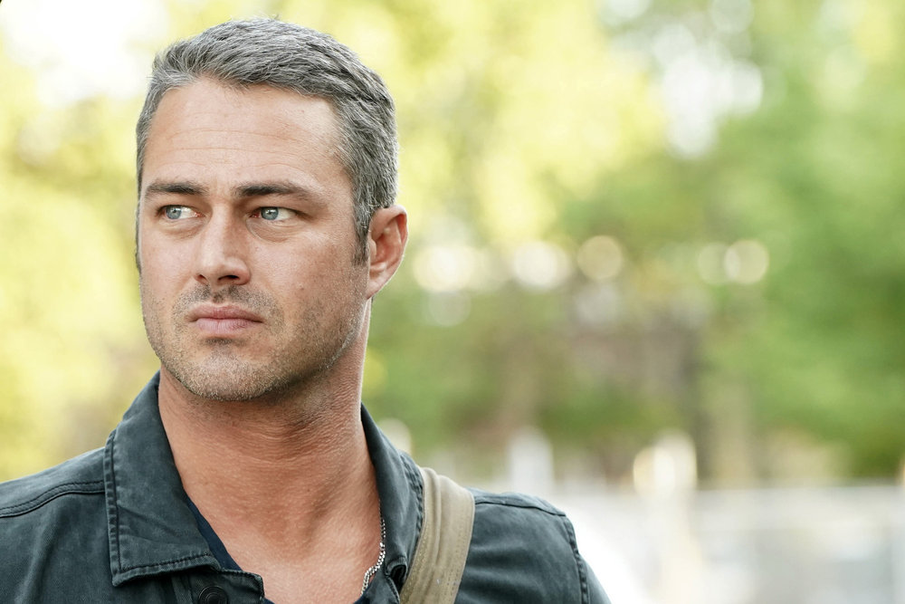 Chicago Fire Photo Preview: Risky Decisions