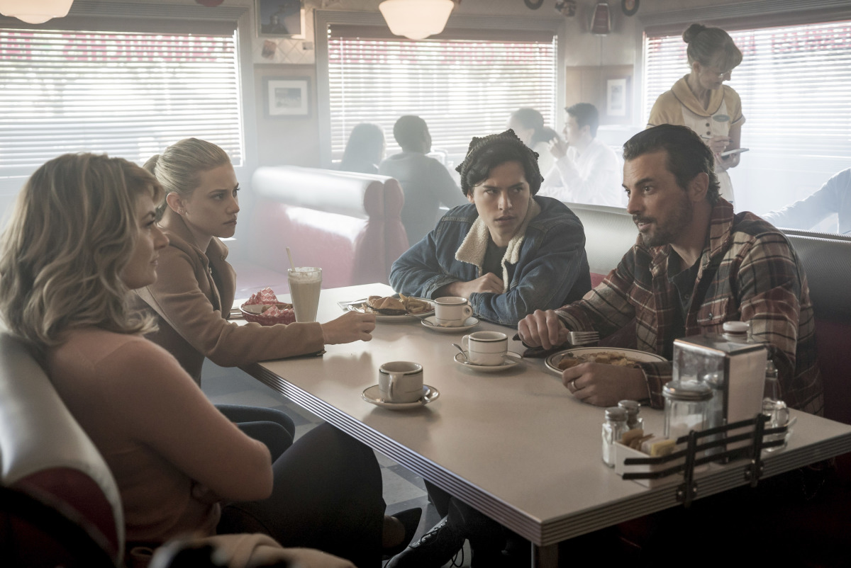 Riverdale Review: Chapter Twenty-One: House of the Devil (Season 2 Episode 8)