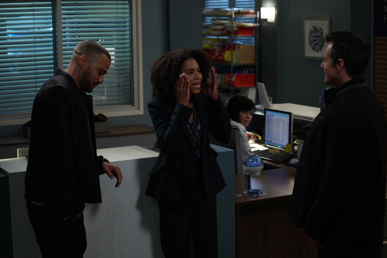 Greys Anatomy Season 14 Episode 9 1 800 799 7233 Jesse Williams