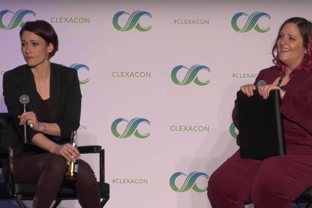 ClexaCon-Supergirl-ChlyerLeigh-TwoShot-Screengrab