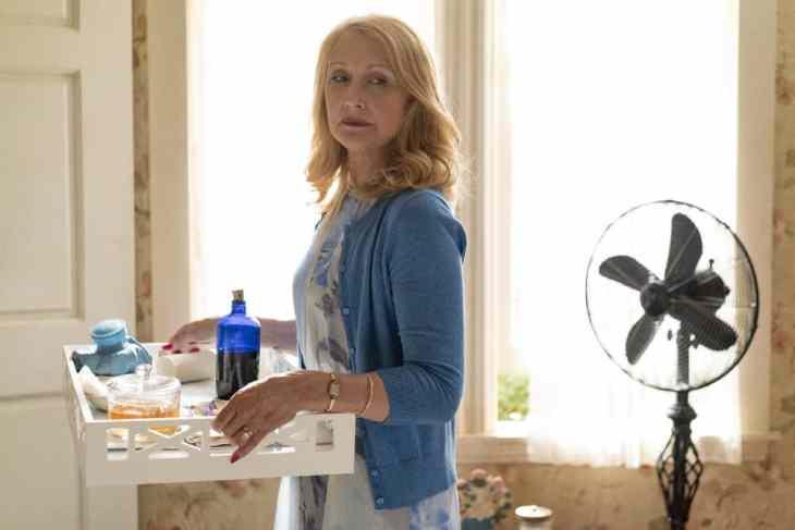 Falling Episode 7 Sharp Objects Patricia Clarkson Anne Marie Fox HBO