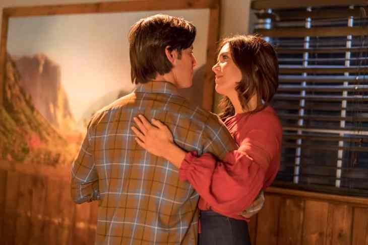 This Is Us Season 3 Episode 7 - Mandy Moore as Rebecca Pearson, Milo Ventimiglia as Jack Pearson