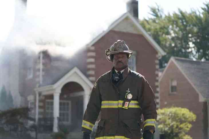 Chicago Fire Season 7 Episode 8 - Eamonn Walker as Battalion Chief Wallace Boden