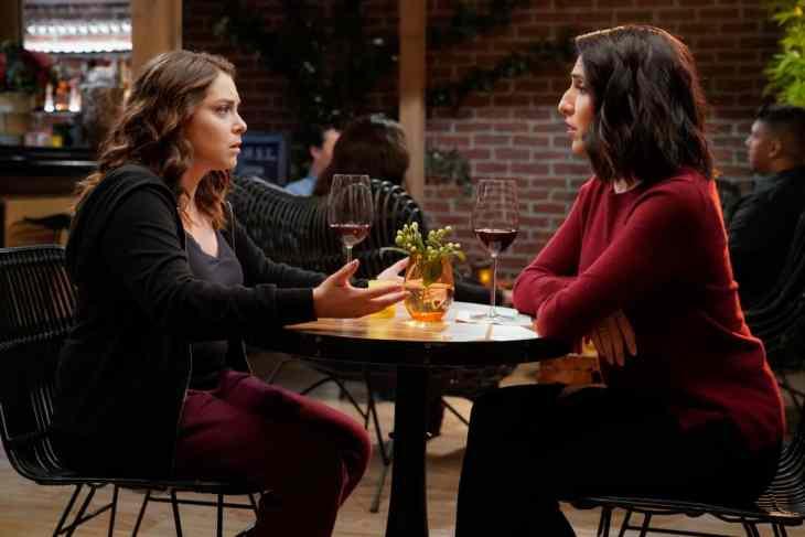 Crazy Ex-Girlfriend Season 4 Episode 9 - Rachel Bloom as Rebecca and Gabrielle Ruiz as Valencia