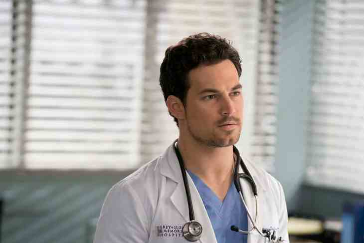 "GIACOMO GIANNIOTTI as Andrew DeLuca - Grey's Anatomy Season 15 Episode 17 ""And Dream of Sheep"""