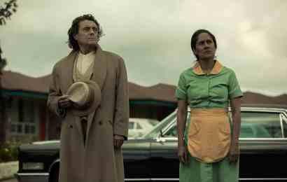 "American Gods Season 2 Episode 2 ""The Beguiling Man"""