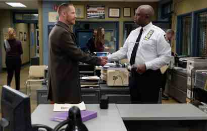 Brooklyn Nine-Nine Season 6 Episode 13 - Marc Evan Jackson as Kevin Cozner, Andre Braugher as Ray Holt