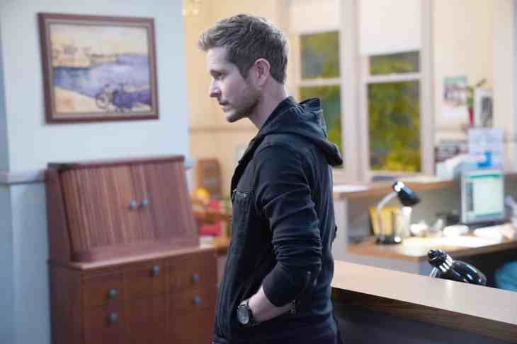 "The Resident Season 2 Episode 22: ""Broker And Broker"""